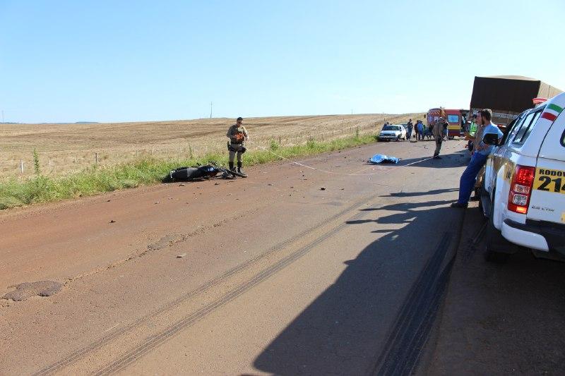 Motociclista é decapitado ao colidir em carreta na SC-155 em Abelardo Luz