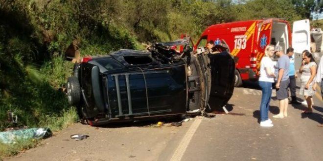 Ao menos sete pessoas morrem em acidentes nas rodovias catarinenses