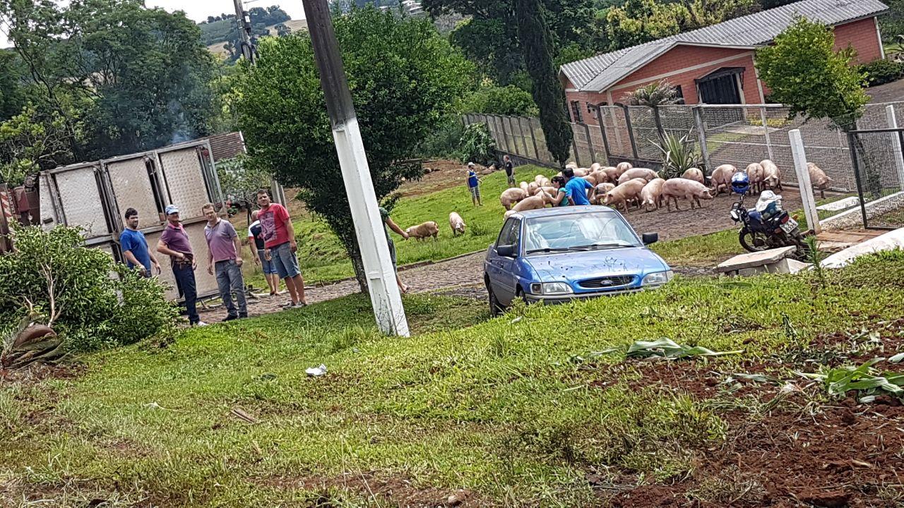 Homem morre em acidente envolvendo caminhão de Itapiranga
