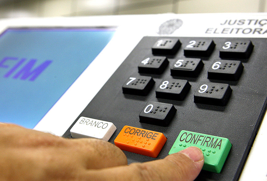 Por 8 a 2, STF derruba voto impresso nas eleições de 2018