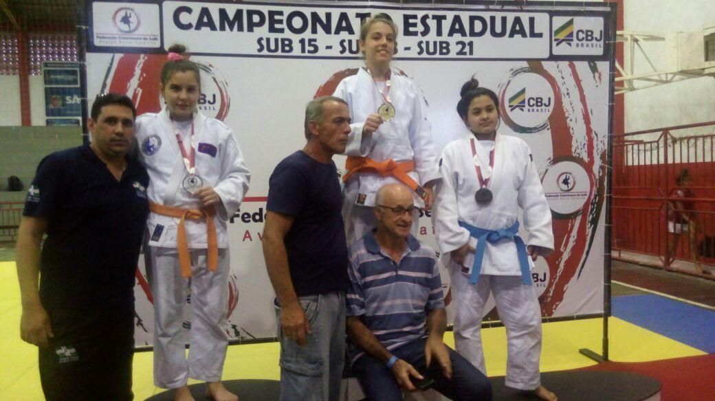 Judocas de São Miguel do Oeste se destacam em competição estadual