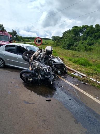 Motociclista sofre fratura exposta após colisão na SC-157