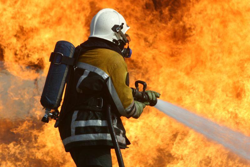 Residência é destruída por incêndio em  Águas de Chapecó