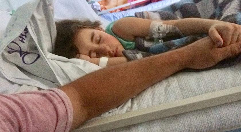 Família promove almoço beneficente para tratamento de menina com tumor