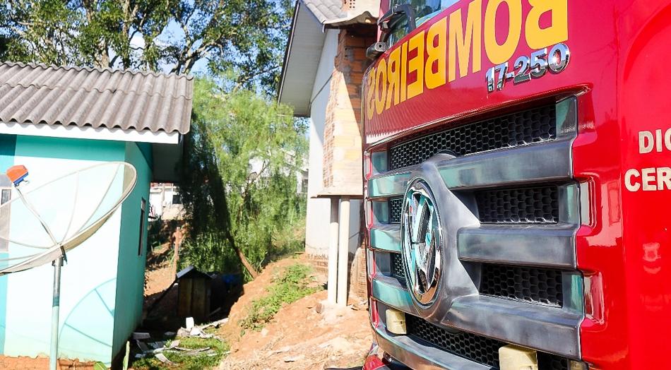 Princípio de incêndio mobiliza bombeiros em Barracão