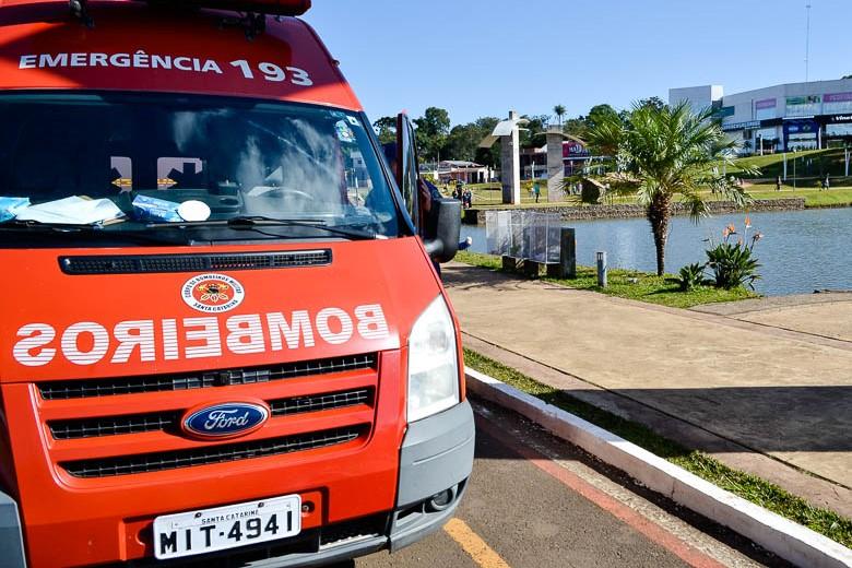 Jovem de 14 anos salva vítima de afogamento no Lago Internacional