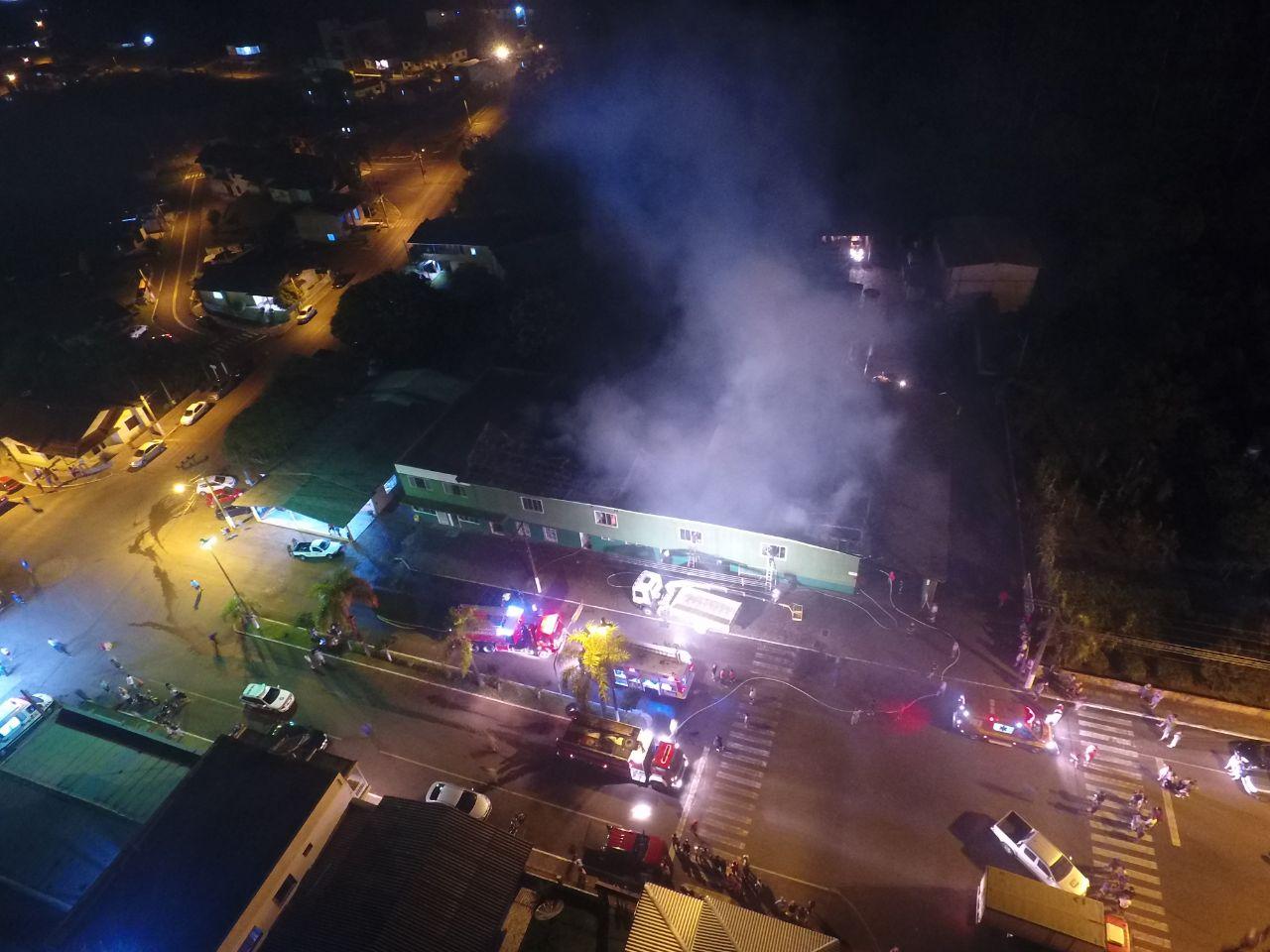 Incêndio consome ervateira no Centro de Vargeão