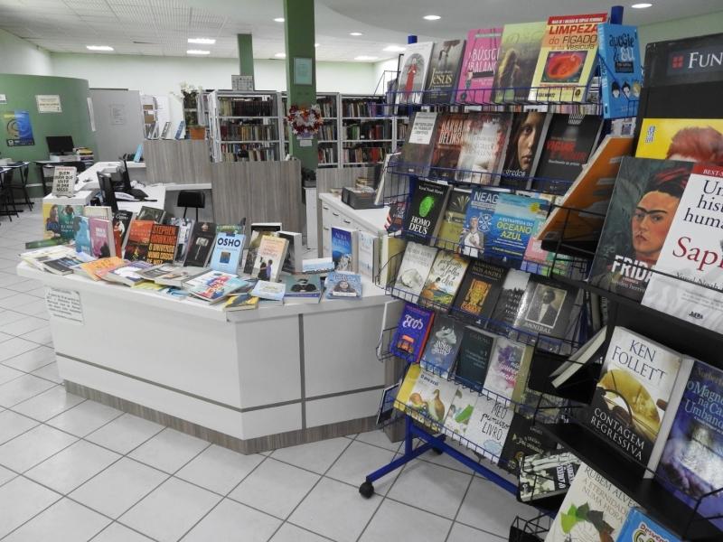 Acervo da Biblioteca Municipal de São Miguel do Oeste é ampliado