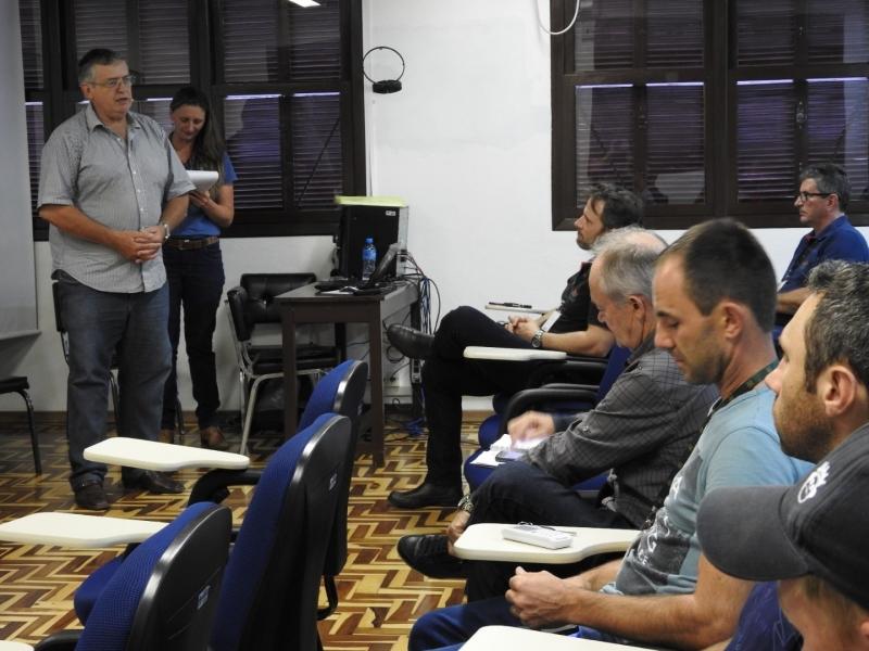 Curso de qualificação para jovens rurais teve início em SMOeste