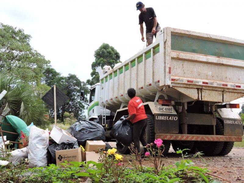 Prefeitura realiza mais uma coleta de materiais recicláveis
