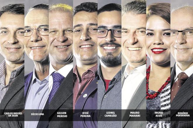 Candidatos ao governo catarinense já votaram neste domingo