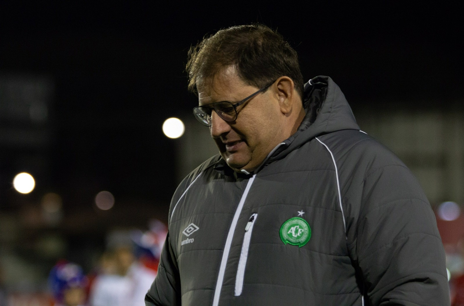 Chapecoense demite Guto Ferreira