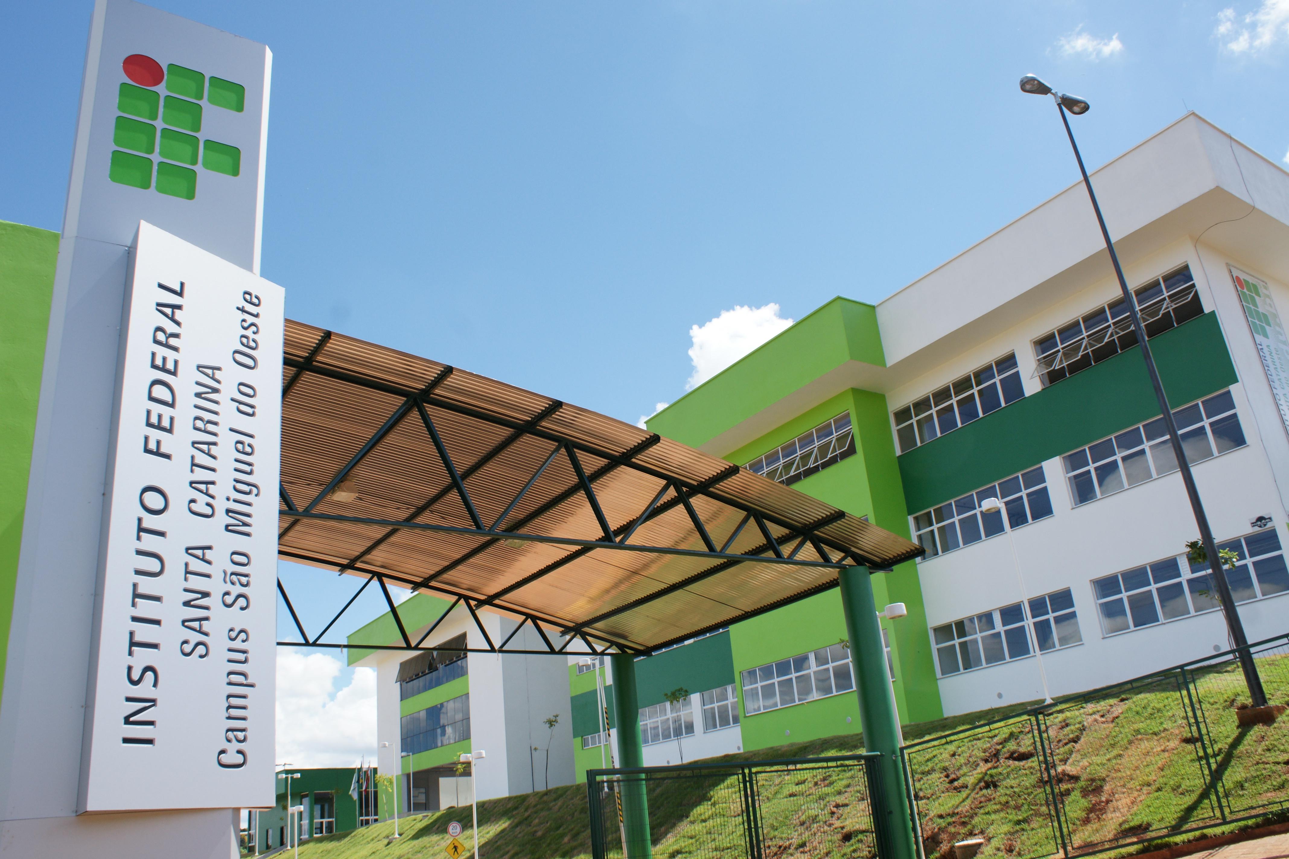 IFSC abre inscrições para ensino médio técnico