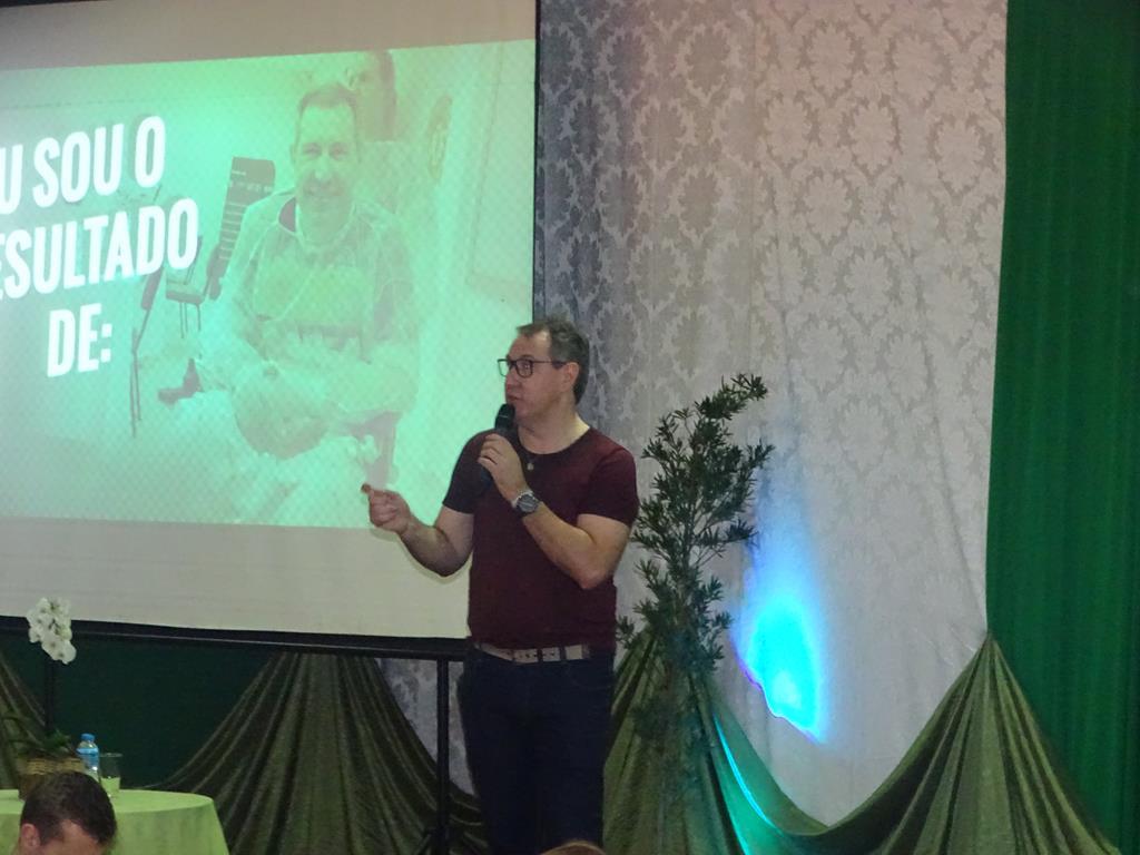 Fai promove palestra com o jornalista Rafael Henzel