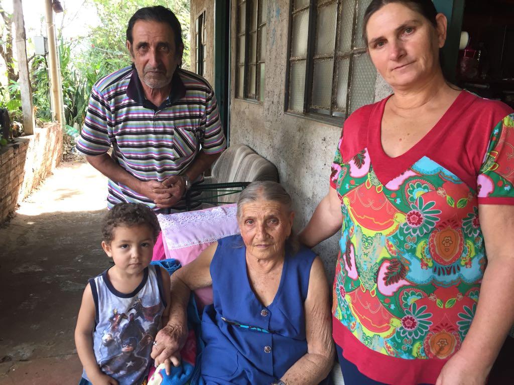 VÍDEO: Peperi conversa com moradora que veio para o município em 1947