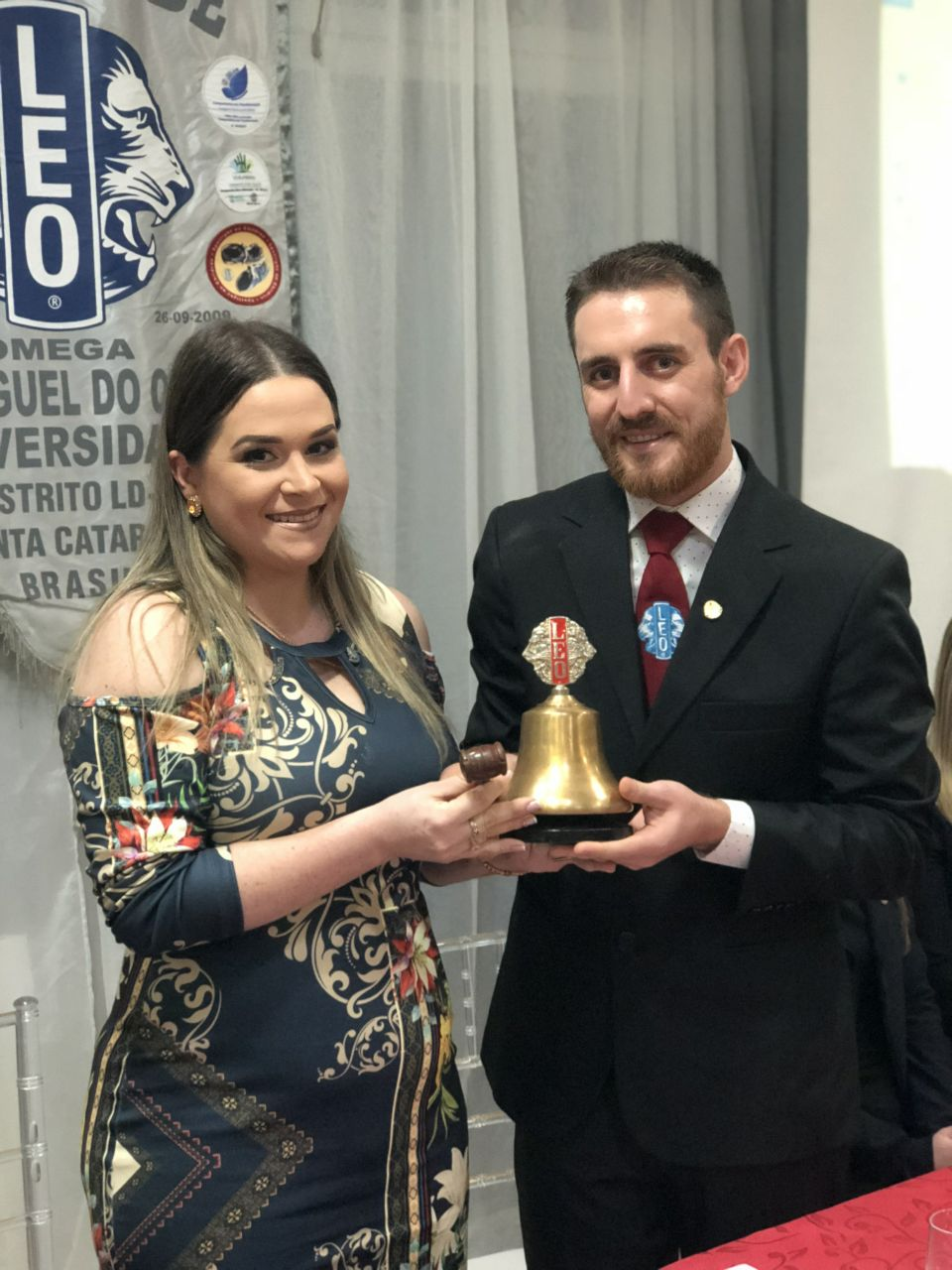 Nova diretoria assume o LEO Clube Ômega São Miguel do Oeste Universidade