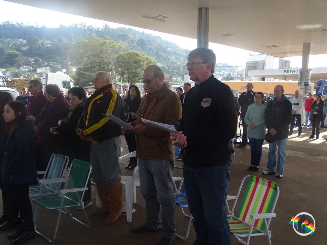 Público prestigia missa do Colono e Motorista em Itapiranga