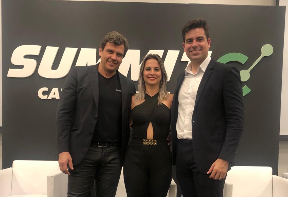 Empresária conhece uma das empresas do maior executivo do Brasil