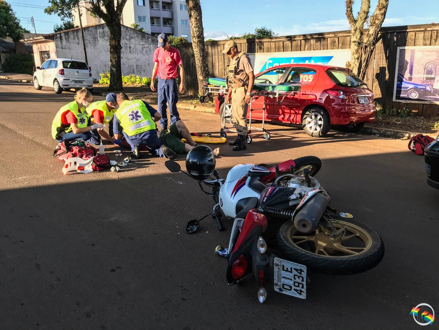 Atropelamento deixa homem ferido no centro do município