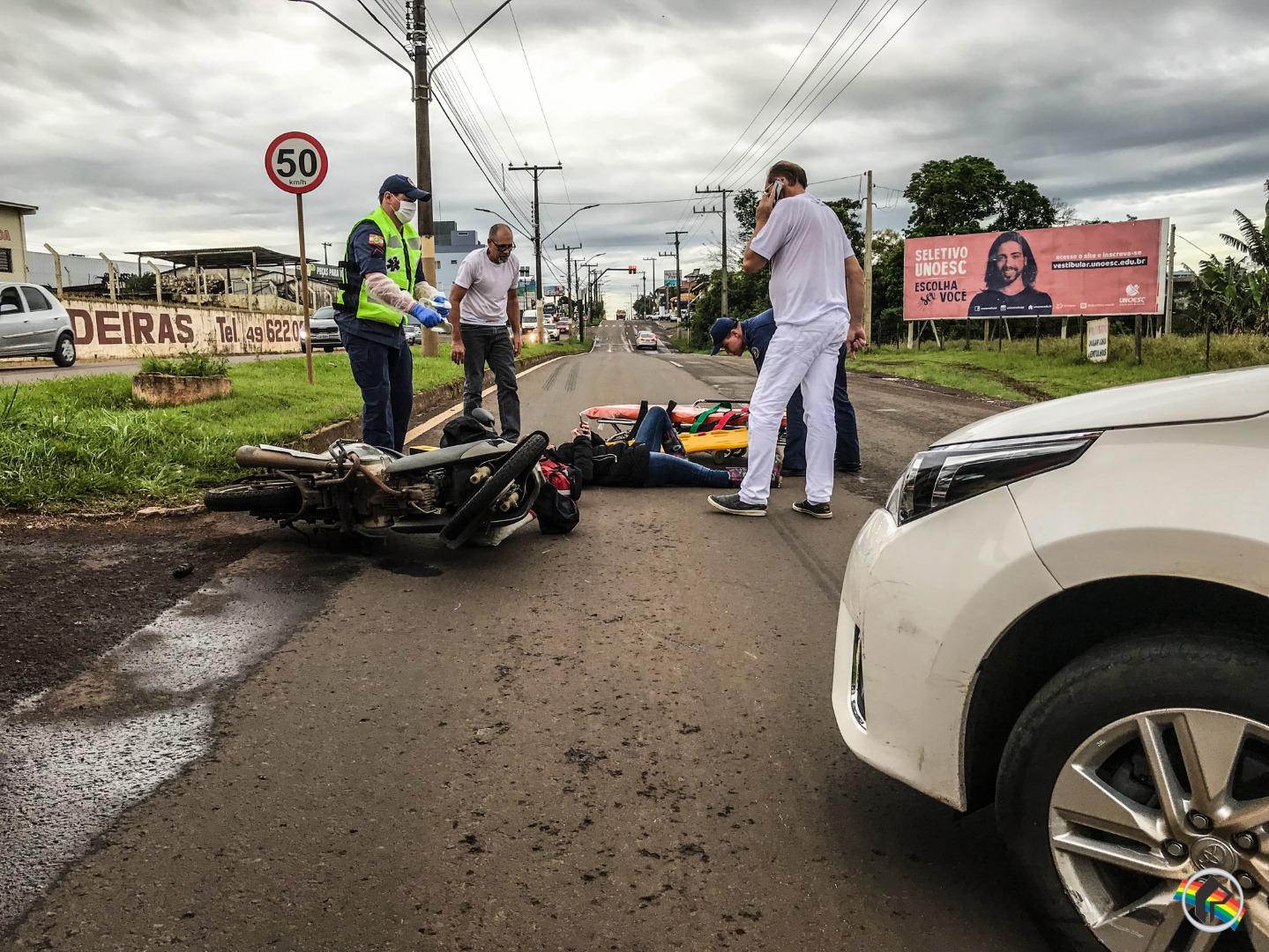 Motorista não vê moto e causa acidente na Willy Barth