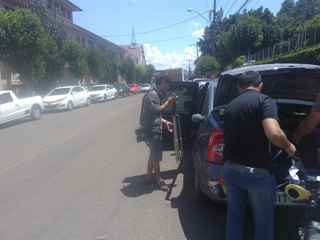 Equipe grava vídeos em Itapiranga sobre repressão militar