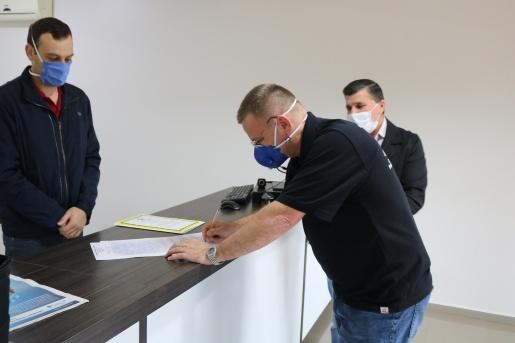 Oficializado repasse da área pública de linha Laranjeiras para Iporã do Oeste