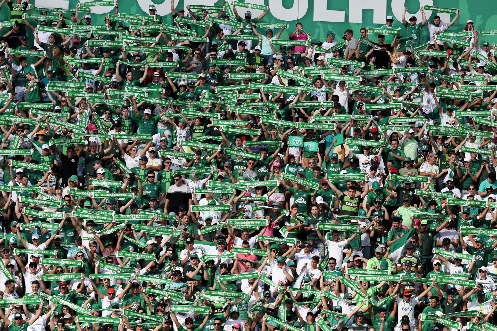 Ingressos para Chape x Grêmio sobem até 50%