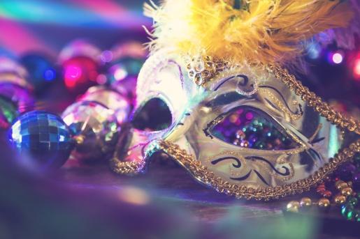 Abertura do comércio e da prefeitura no Carnaval divide opiniões