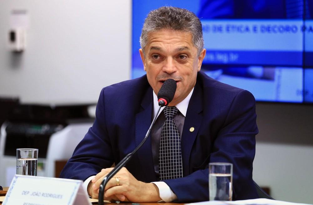 PGR pede ao STF que João Rodrigues volte a cumprir pena