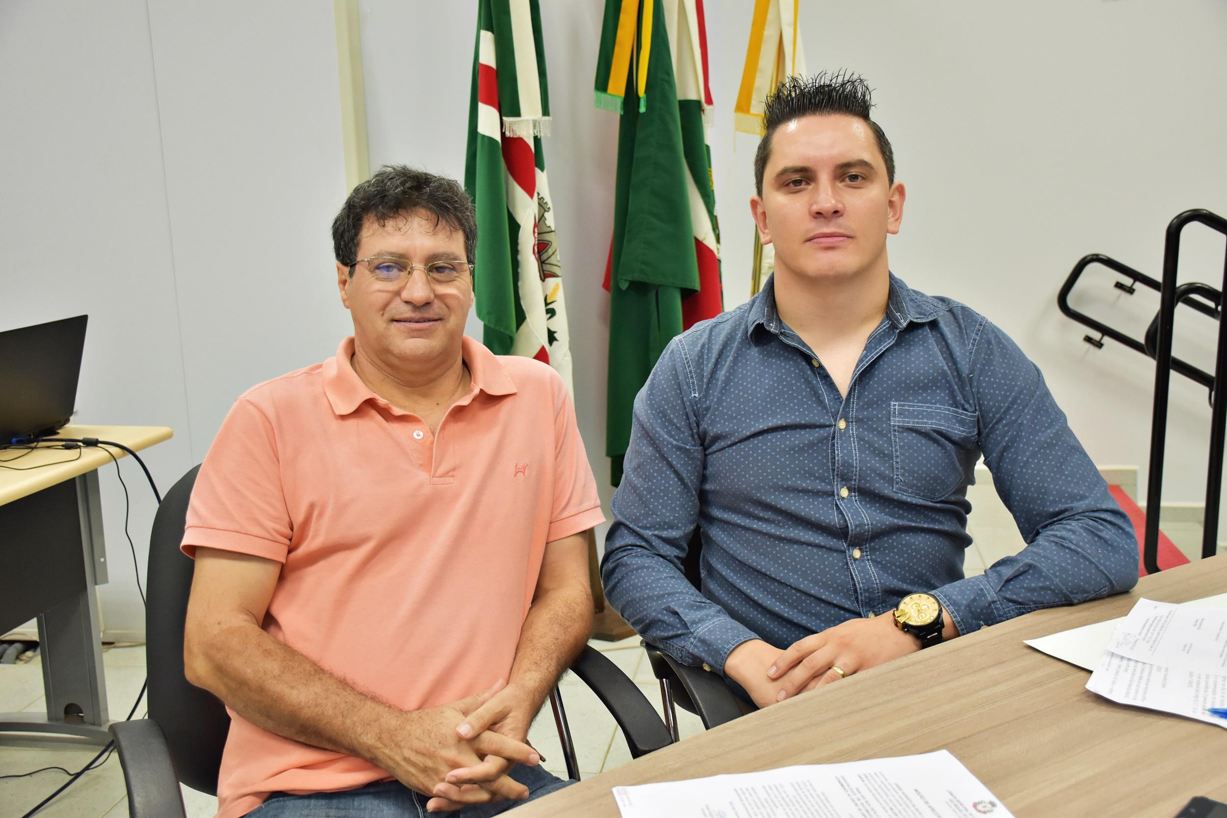 Vereadores pedem contratação de especialista em bucomaxilofacial