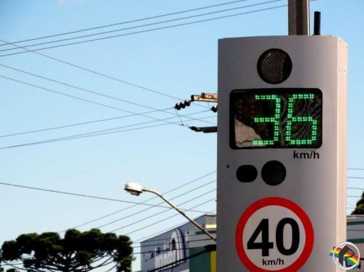 Sete lombadas eletrônicas serão retiradas do centro do município