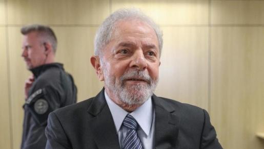 Justiça determina saída de Lula da prisão