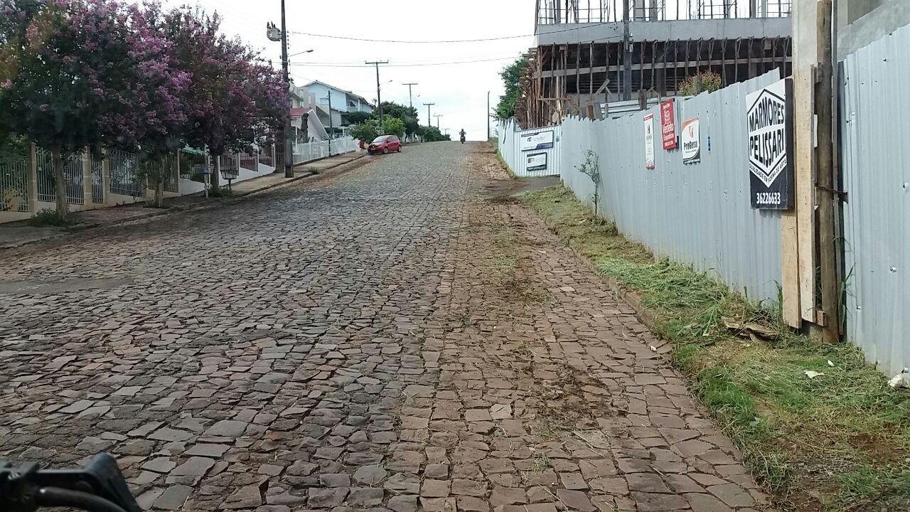 Urbanismo intensifica limpeza nos bairros da cidade