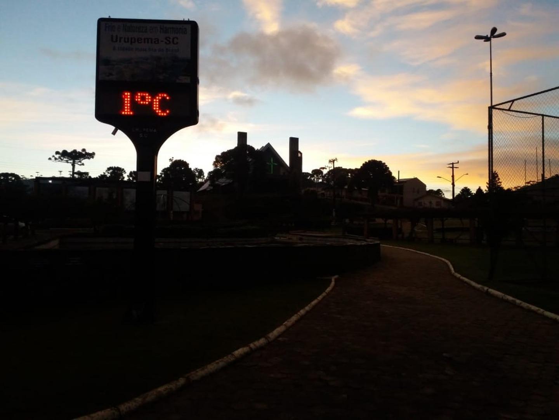 Mais de 40 cidades de SC amanhecem com temperaturas abaixo de 5ºC