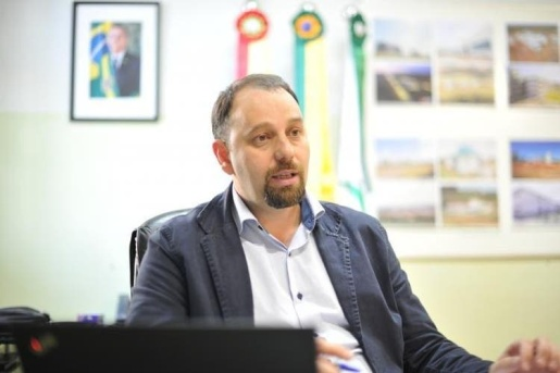 STF pede investigação de reitor da UFFS de Chapecó no inquérito das fake News