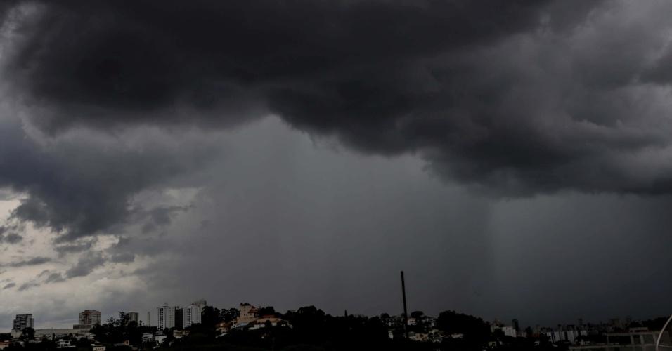 Defesa Civil alerta para risco de temporais na região nesta quarta-feira