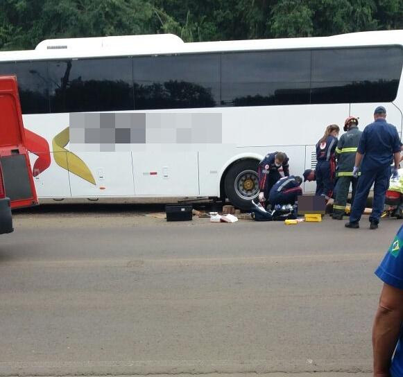 Empresário morre após ser esmagado por ônibus