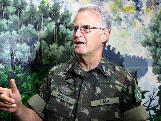 Estamos com tropas aquarteladas, diz comandante militar do Sul