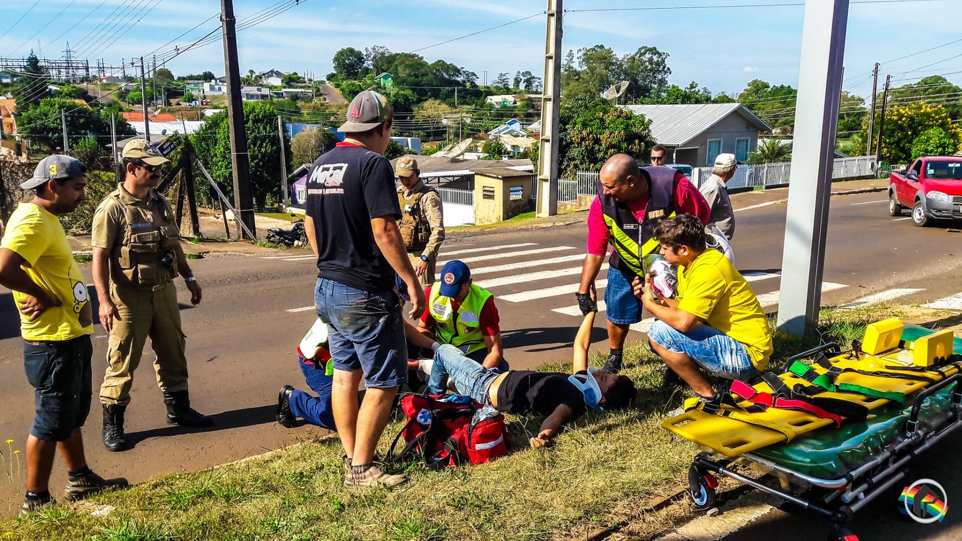 VÍDEO: Acidente com moto deixa jovem com ferimentos graves na Willy Barth