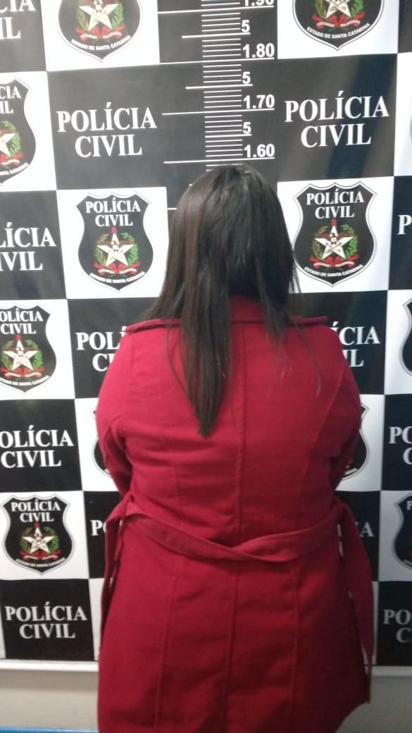 Polícia cumpre mandado de prisão por tráfico de drogas