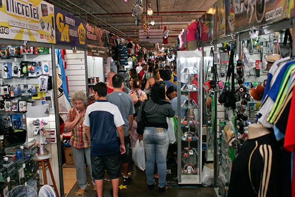 Comércio catarinense registra nona alta consecutiva no volume de vendas
