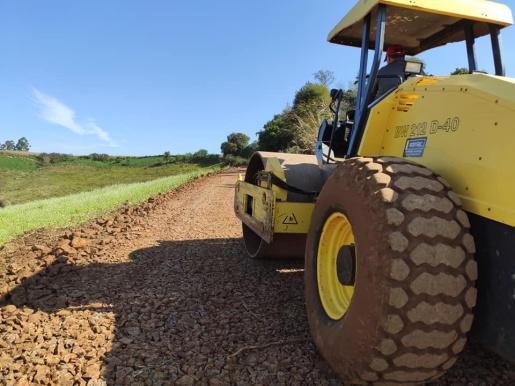 Prefeitura de Princesa realiza melhorias nas estradas rurais