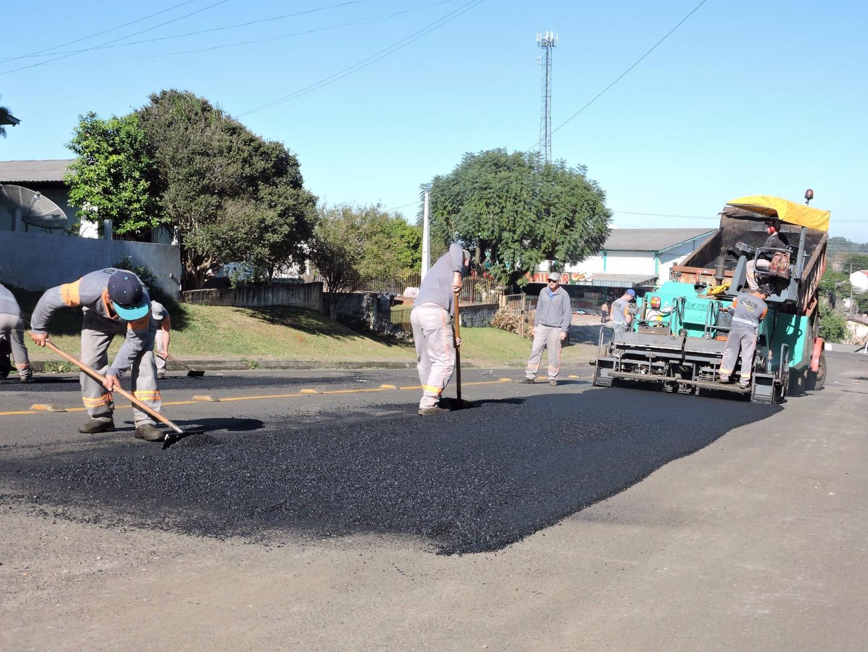 Prefeitura inicia terceira operação tapa buracos do ano em São Miguel do Oeste