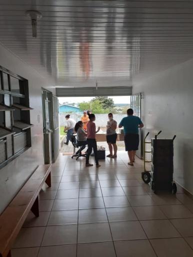 Setor Social de Palma Sola realiza entrega de leite para famílias carentes