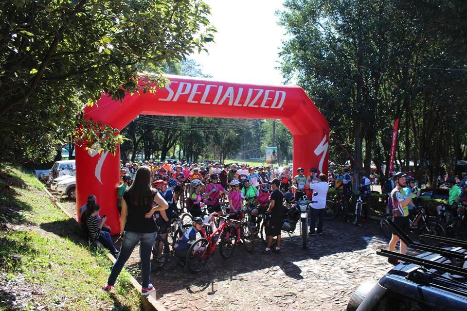 1ª Pedala Cedro reúne quase 300 ciclistas