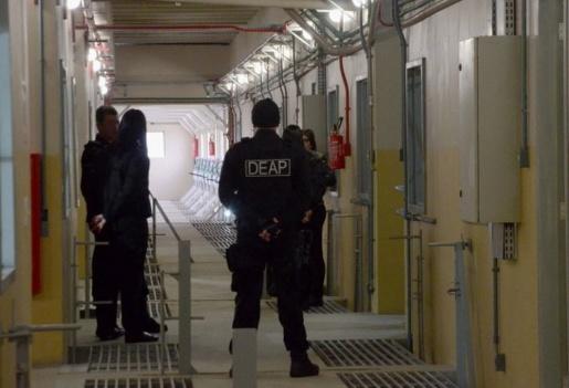 Governo de SC faz concurso para chamar 600 novos agentes penitenciários