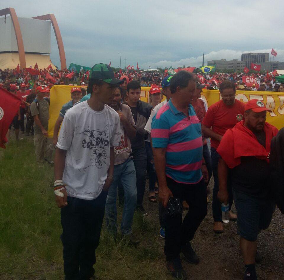 Caravanas do Extremo Oeste acompanham julgamento de Lula em Porto Alegre