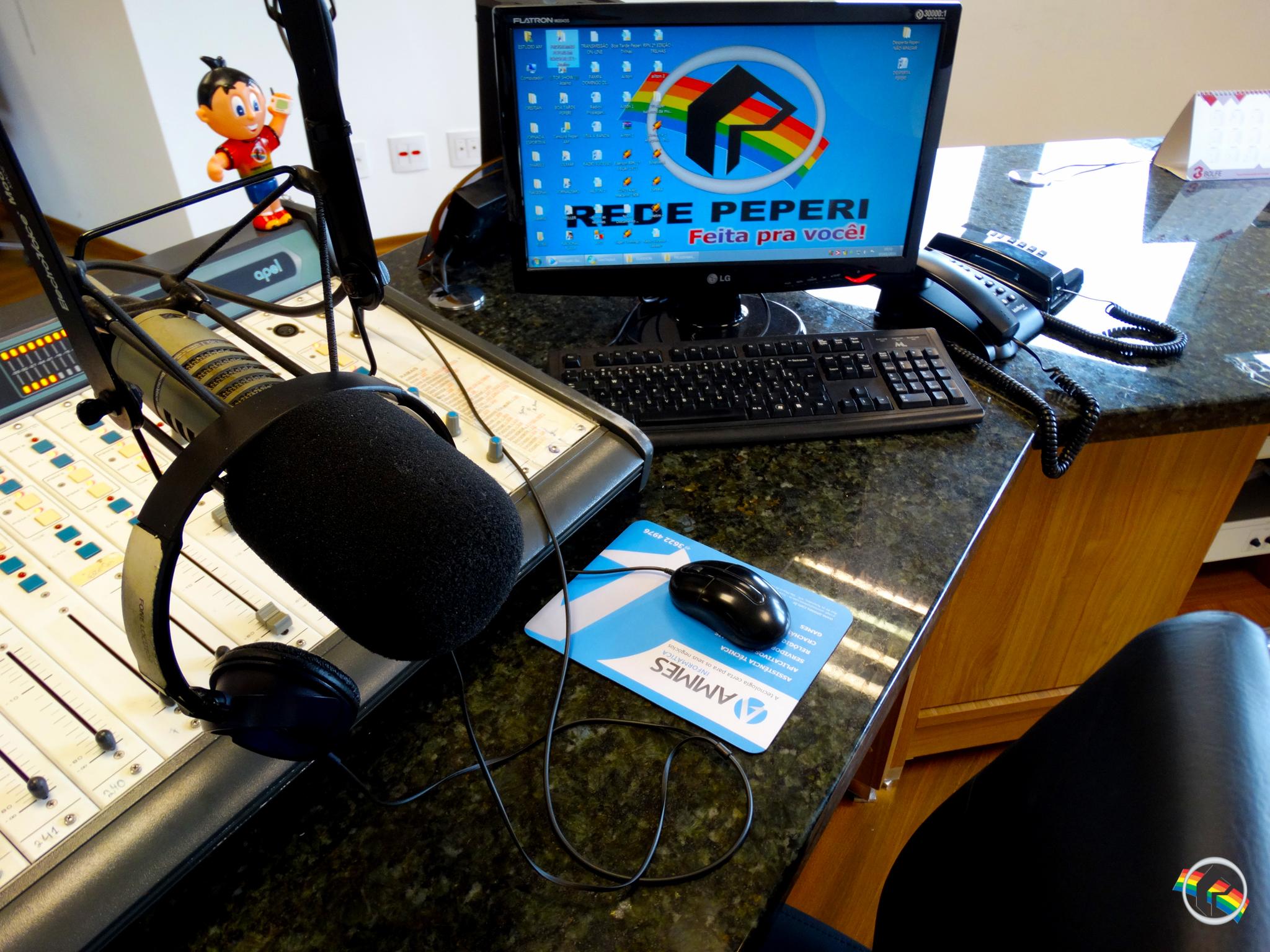 Rádio continua liderando entre todas as plataformas de áudio