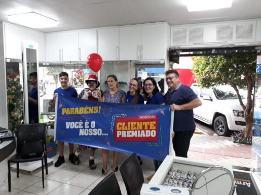 Armazém dos Óculos sorteia a 1ª ganhadora da promoção Cliente Premiado