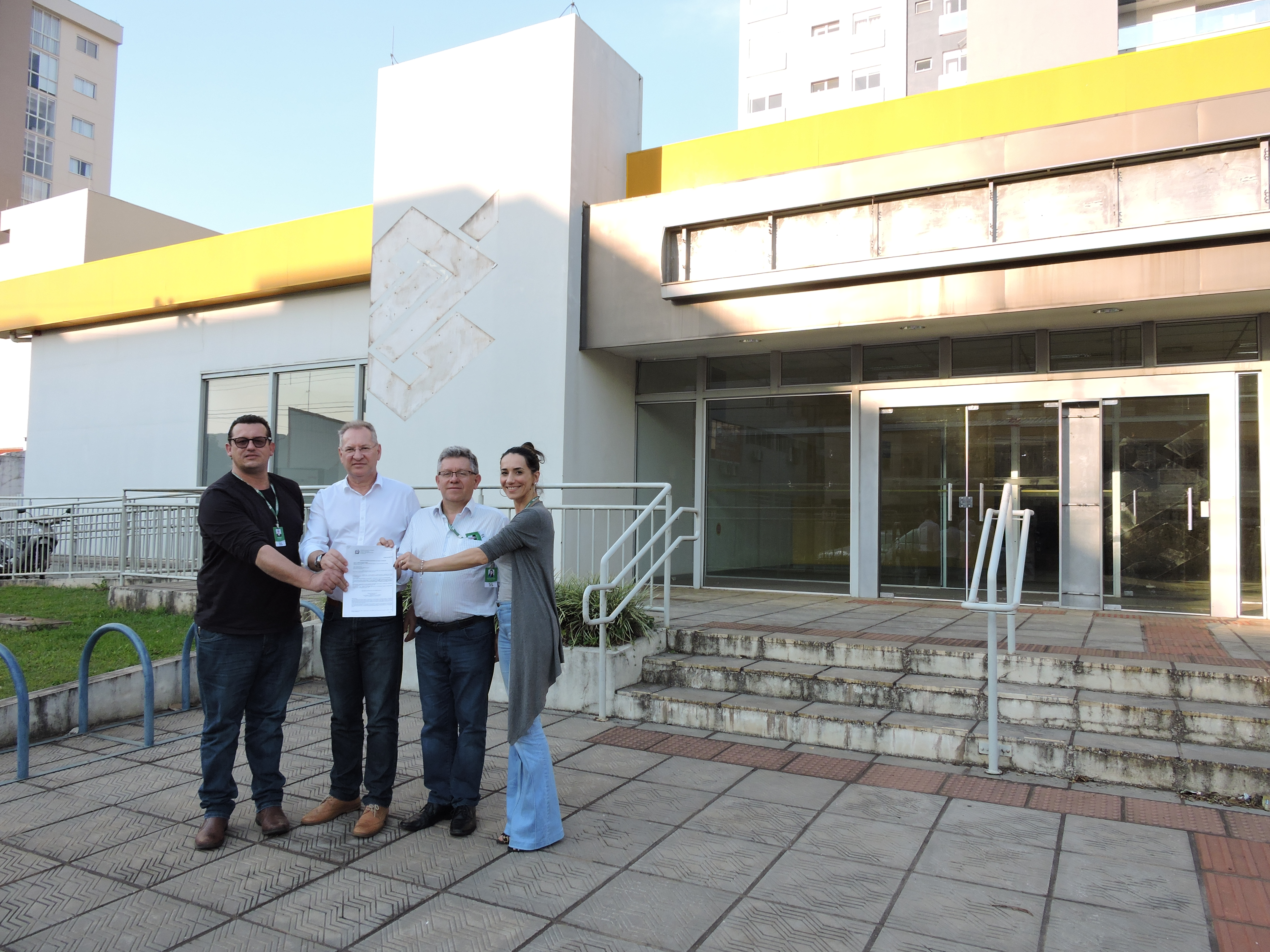 Município toma posse de imóvel do antigo Banco do Brasil